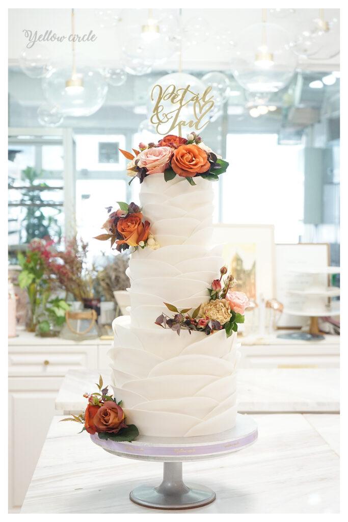 petal-wedding-cake-683×1024